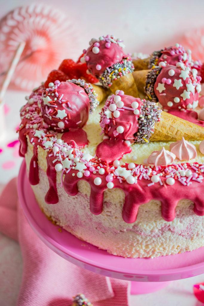 Himbeer-Quark Geburtstagstorte